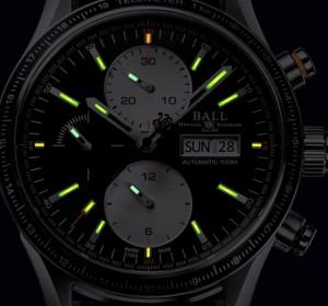CM3090C-L1J-BK_night_front_500px-001